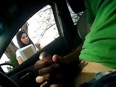 Kız Arkadaşı İçin Araba Flash Mastürbasyon