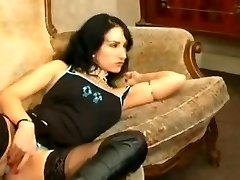 French goth Sonia Belgacem in anal foursome with her friend