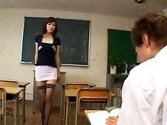 Azgın Japon öğretmen - sansürsüz
