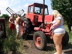 Ssbbw Çiftçi'in Kızı