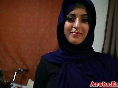 Arap hijabi yasak sıkı kedi becerdin