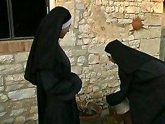 Muddy Nuns (2003) UTTER MOVIE