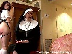 rahibe şaplak