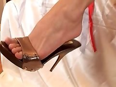 foot fantasies with mya diamond and super-steamy friend