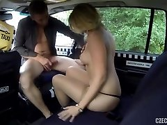 Russian milf checked by Cab driver