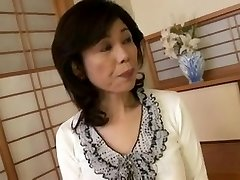 Breasty Japon granny deneyimsiz vidalı