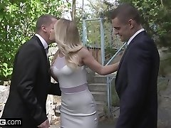 Glamkore - Sizzling blonde Eurobabe Vinna Reed gets an Anal DP