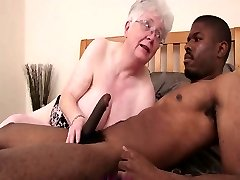 Caroline Büyükanne Siyah Cock