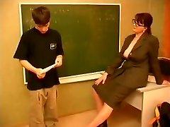 Öğretmen ve kız