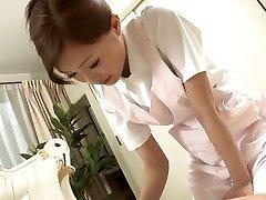 Hawt Nurse jerks her patient's ramrod as a treatment