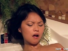 Asian Legal Age Teenager Underwater Orgasms