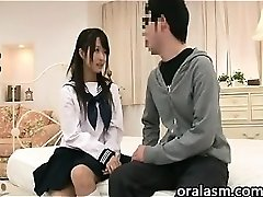 Japanese Schoolgirl Wishes To Have Sex