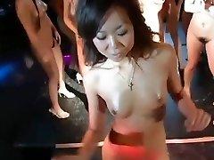 daiya & japan gogo girls super group striptease dance joy