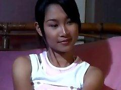 Tailando Filmą - Moe Sa-Wat