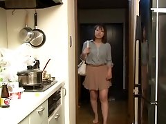 Yui Hatano and Buddies in Crawling the boss wifey