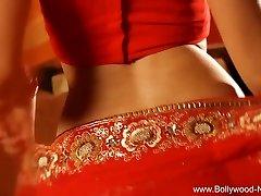 Bollywood Queen Of Erotic Dance Wondrous  MILF