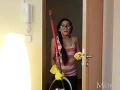 MOM Puny Thai maid shocks young man of mansion with a fuck in his guest room
