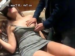 China-中国国产中文 剧情 体验VR反被店员干:女优躺在我身边
