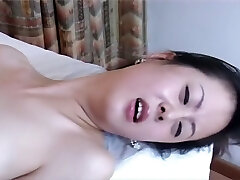 Not easy to find a professional Chinese porn, right? Medic and nurse.