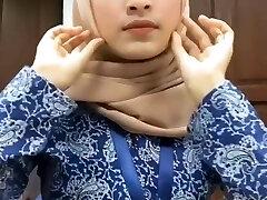 Hot Beautiful Malay Hijab