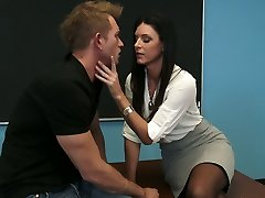 Stunning brunette instructor India Summer gets her pussy ate by Bill Bailey
