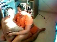 Desi Aunty Pummeled on a hidden camera
