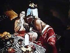 阿拉伯王后他妈的大黑苏丹的鸡巴和法国的大鸡巴