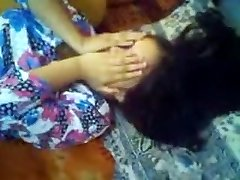 美丽的孟加拉语的女孩被她的男朋友