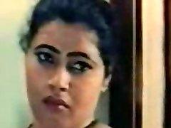Bollywood mallu enjoy scenes collection 001