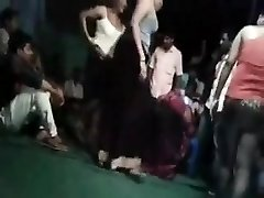 INDIAN DIRTY DANCING WITH SCONES AND VAGINA FLASHED