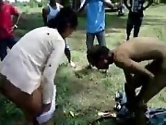 Indian Old guy sex with Young escort in the outside - Wowmoyback