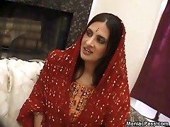 Kavita具有性别与旅游
