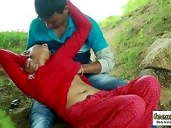 Desi indian gal romantic hook-up in the outdoor jungle - teen99