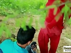 Desi indian woman romantic fuckfest in the outdoor jungle - teen99