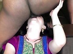 indijos palyda mergina pakliuvom nekilnojamojo kietajame viešbučio kambaryje (varva creampie) -imwf