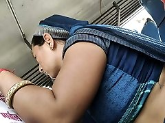 Desi Rajasthani Bhabhi warm tummy in Bus