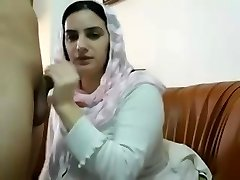 Pakistani Muslim Wife Get Big Tits Massages and Plays with Beaver