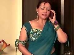 Indian Bhabhi Romance And Plows His brother in Law