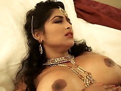 Synchronize Sexism Chocolate-colored Indian Milf Does Well