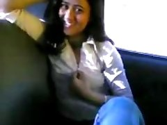 Indian teenie Gf and Bf inside a car