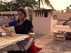 Guntur talkies- Rashmi Gautam
