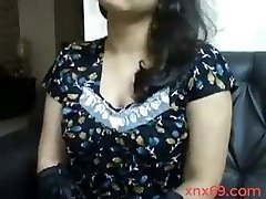 Indian aunty with big boobs doing video talk with boyfriend
