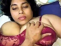 india chubby big boobs girl hard fucked