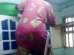 Arab Ass Voyeur - Big Bubble Butt - Caboose Candid