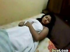 丰满的印度的女友
