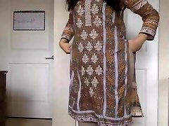 desi girl Stripping her Salwar Kameez to Bare and Taunting us