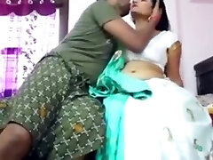 Indian aunty pussy humped
