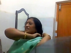 Indian Bengali Milf Aunty Switching Saree in Bathroom