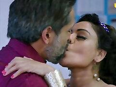 Indian Actress Naina Chhabra hook-up on office table businessman