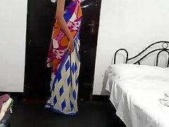 sri lankan school teacher saree pussy gobbling